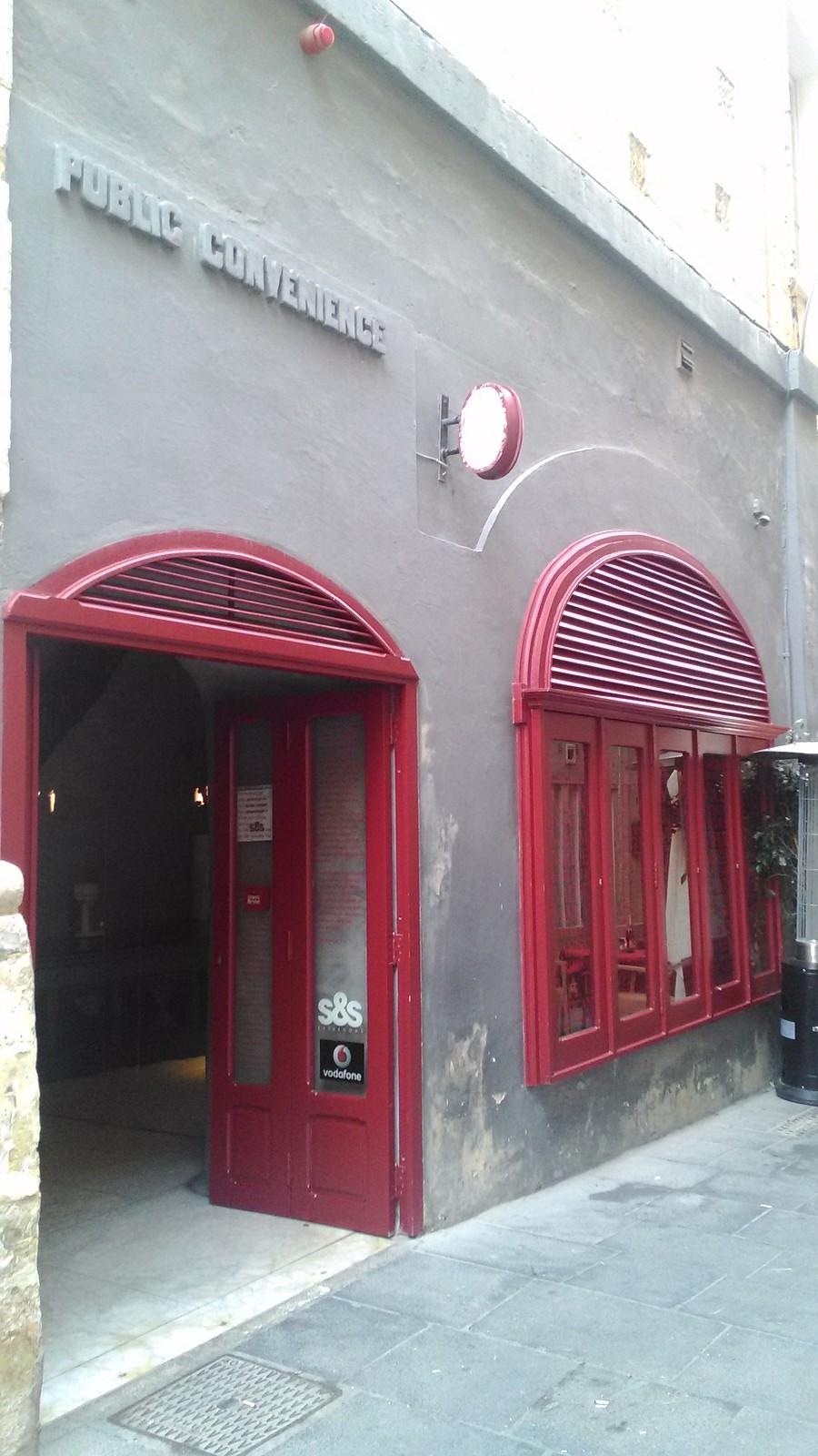 Pubblic convenience a Valletta