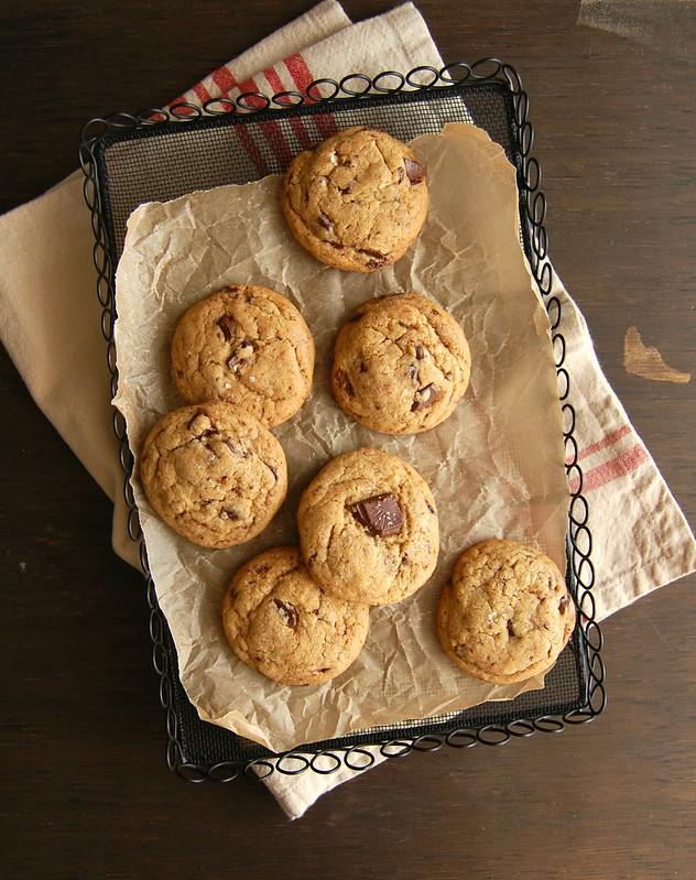 Tara's great choc chip cookies / Os deliciosos cookies com gotas de chocolate da Tara