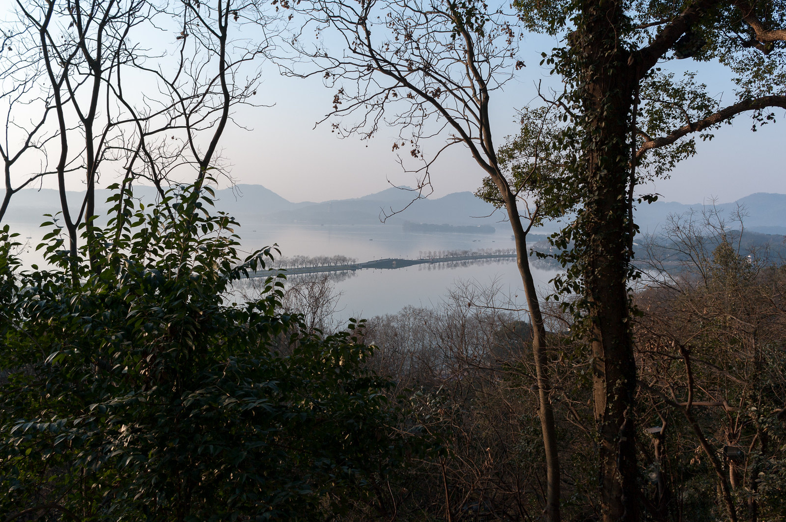West Lake view from Baoshi mountain (宝石山)