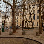 Paris Montmartre :  Place Emile Goudeau