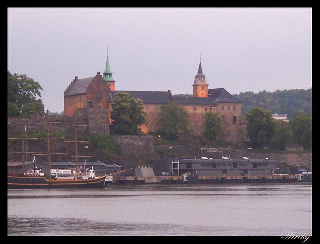 Fiordos noruegos llegada Oslo - Fortaleza Akershus
