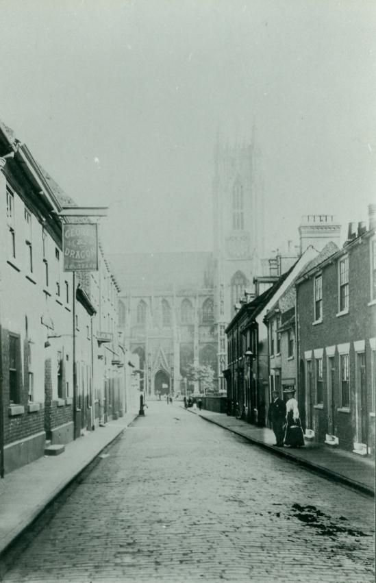 Highgate looking towards Beverley Minster. c.1880 (archive ref PH-5-1)