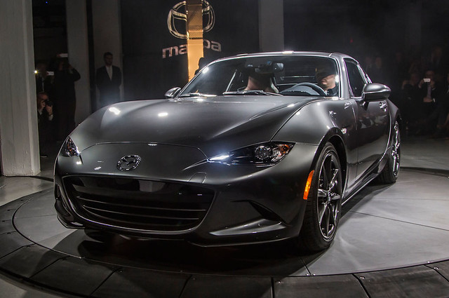 2017-Mazda-MX-5-Miata-RF-on-stage-front-view