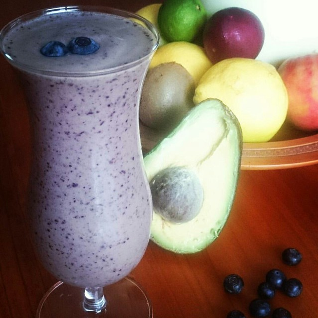 Blue Avocado Smoothie | Agent Mystery Case | Smooth Operator | 30 Day Smoothie Challenge