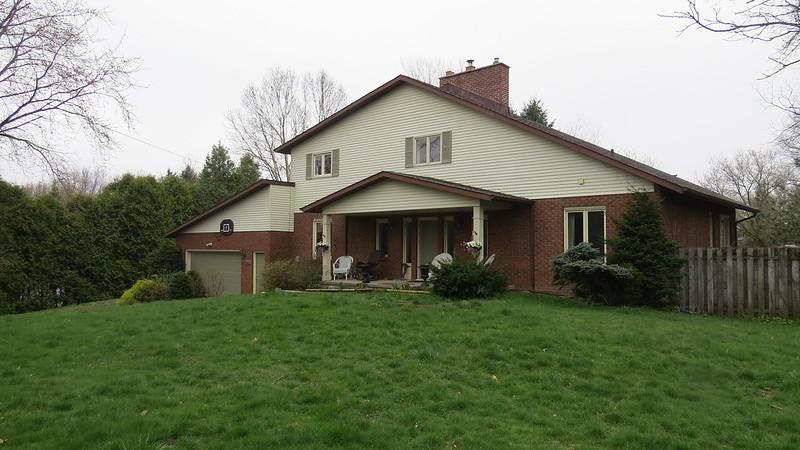 648 Canboro Rd., Fenwick $499,900