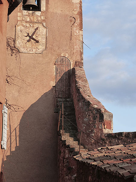 escalier campanile roussillon