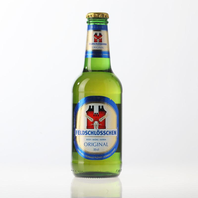 Feldschlösschen_Bier_aus_Flasche