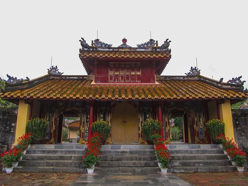Le Tombeau de Minh Mang: le Porte de la Vertu éclairée
