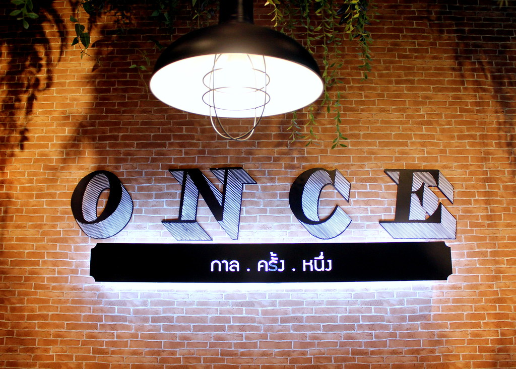 Bangkok Dessert: Once Social Bar and Cafe