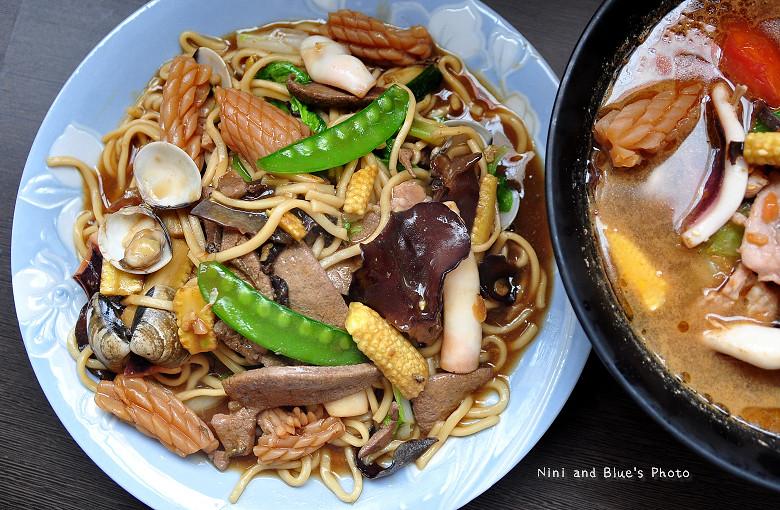 台中大里南門蒸餃10
