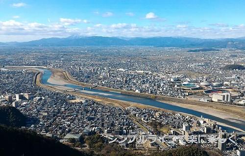 2016.1金華山、天守閣より長良川