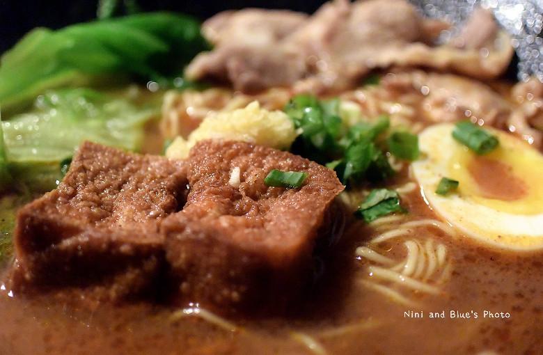 台中拉麵一中街鐵人麵倉美食小吃10
