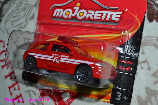 N°221C Renault Mégane II 25386013636_d77cf80829_z