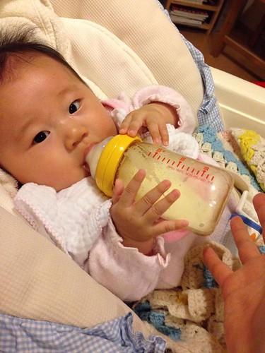 赤ちゃん 生後3か月 マホさん