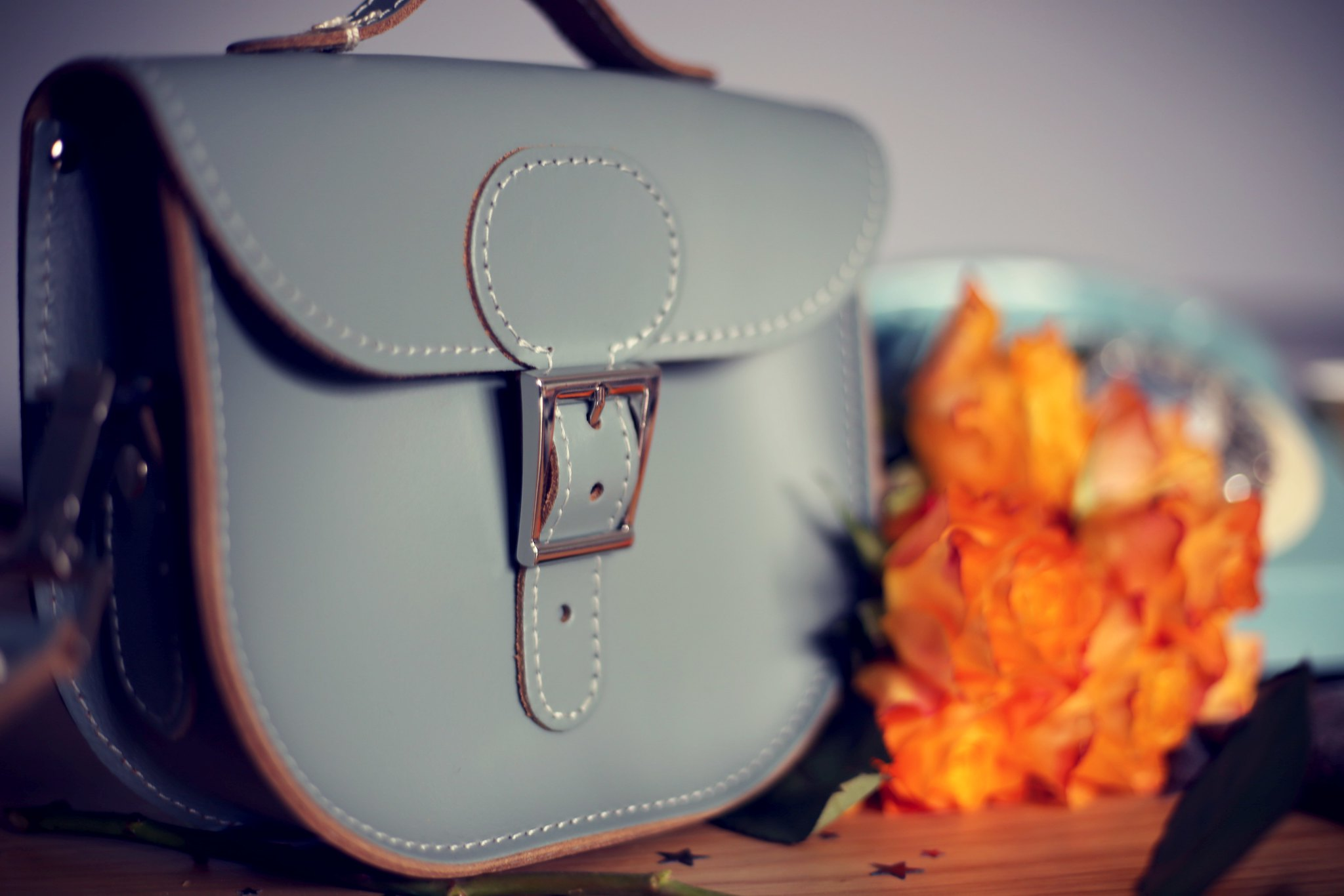 leather satchel giveaway