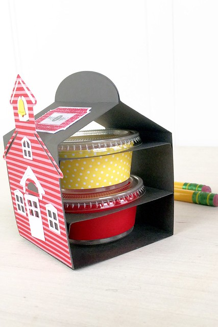 Snack Cup Box holds two snack cups with Snack Cup Wraps