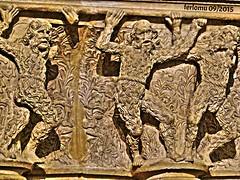 Burgos. 12 friso catedral . 12 friso