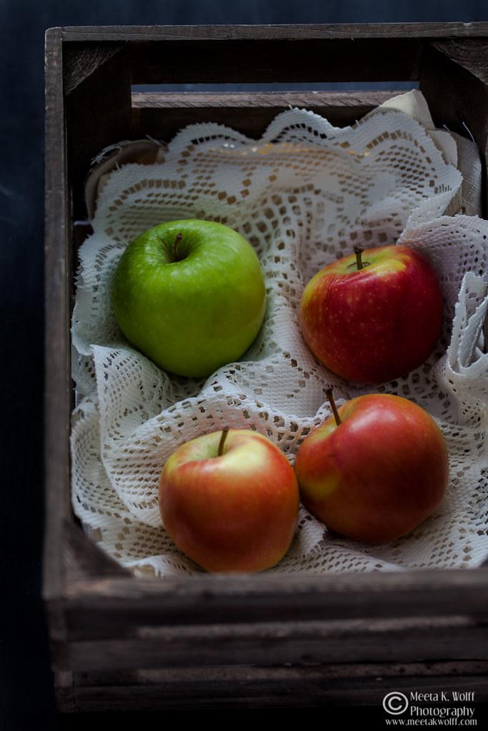 Apples-2016-by-Meeta-K-Wolff-0009