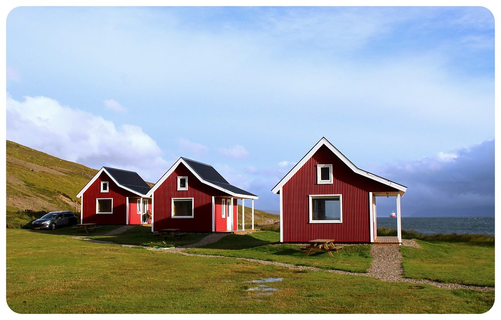 eskifjordur cottages by the fjord