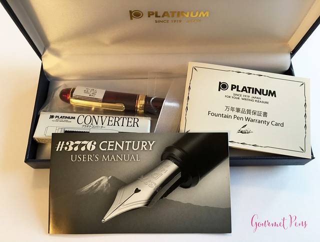 Review Platinum #3776 Century Bourgogne Fountain Pen - Soft-Fine @PenChalet @CarolLuxury (6)