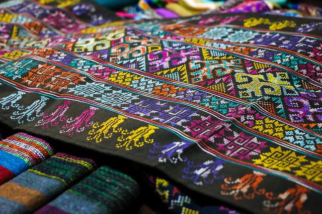 Beautiful embroidered fablic, Luang Prabang, laos ルアンパバーン、ラオスのクロスステッチ刺繍布