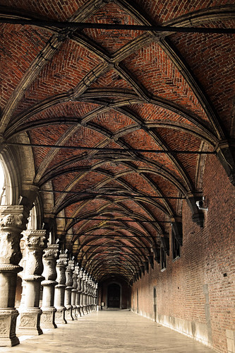 brick ceiling | by ajlesdra