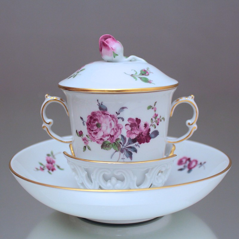 meissen trembleuse blumen alte manier deckeltasse schokoladentasse tasse cup ebay. Black Bedroom Furniture Sets. Home Design Ideas