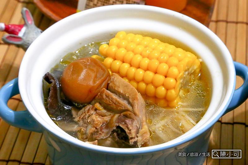 梅子雞湯梅子飯【梅子食譜】梅子雞火鍋+梅子飯,酸酸酸梅的一餐
