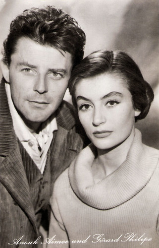 Gérard Philipe and Anouk Aimée in Les amants de Montparnasse (1958)