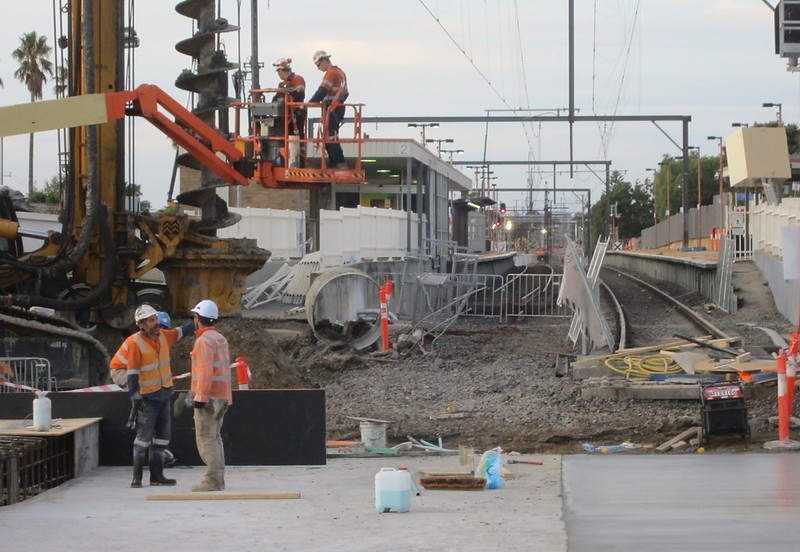 Centre Road - level crossing removal works