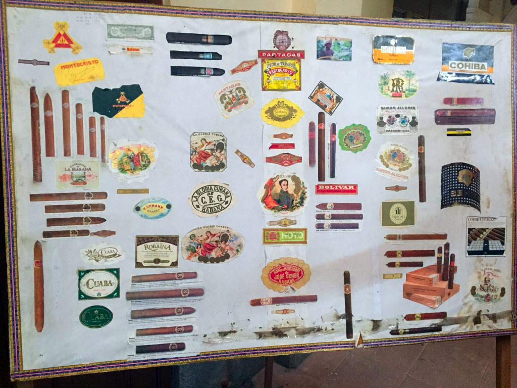 visita a la fábrica de puros de La Habana: Fabrica de Puros de La Habana en Cuba fábrica de puros de la habana - 26263377571 f7806ba753 o - Visita a la fábrica de puros de La Habana en Cuba