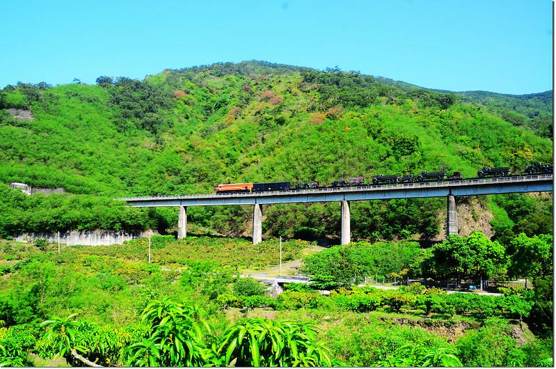 登山口附近望南迴鐵路 2