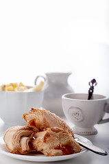 Puff cookieswith english tea