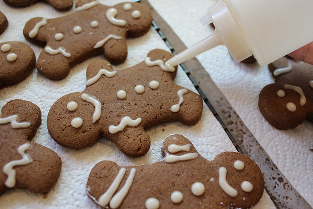 Allow Cookies to cool completely on wire rack before icing.