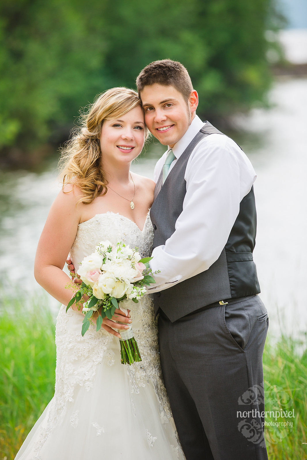 Wedding Photos - Francois Lake Wedding British Columbia