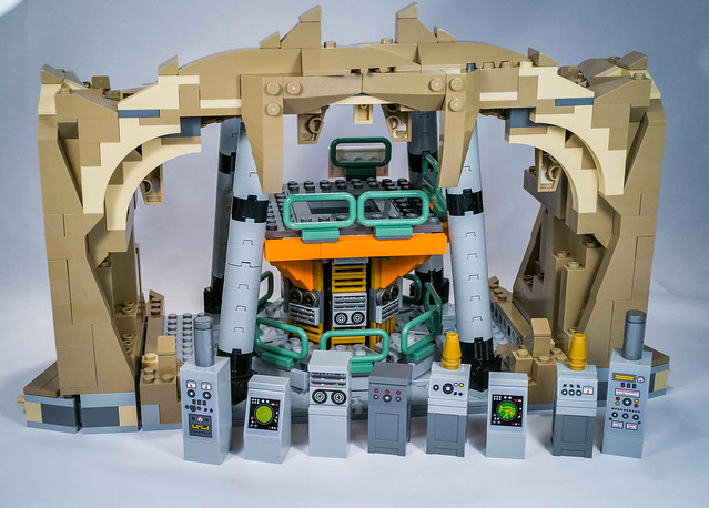 REVIEW LEGO 76052 Batman Classic TV Series Batcave