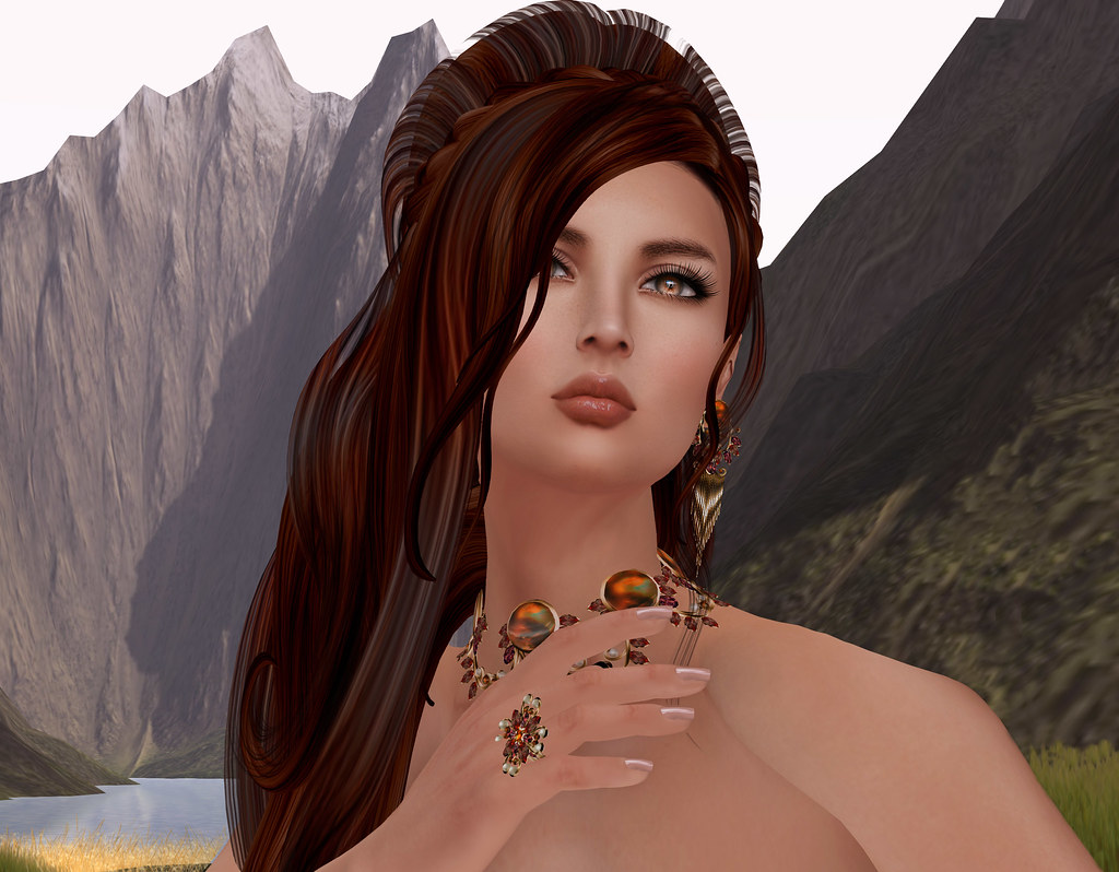 Winona by EMO-tions and VIntage pearls by Zuri Rayna