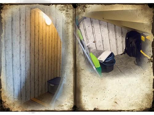 Under trappan