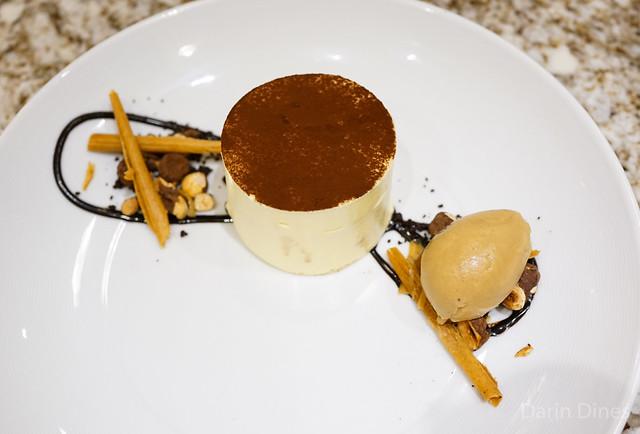 TIRAMISU cocoa, hazelnuts & coffee gelato