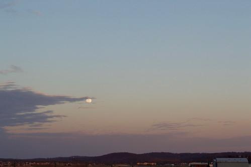 sunset ohio moon clouds landscape airport fullmoon heath rigde