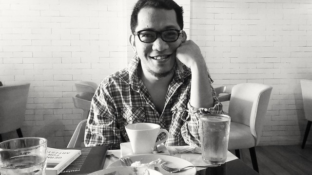 Lunch with Renan Laruan, founder and director of Discussion Lab