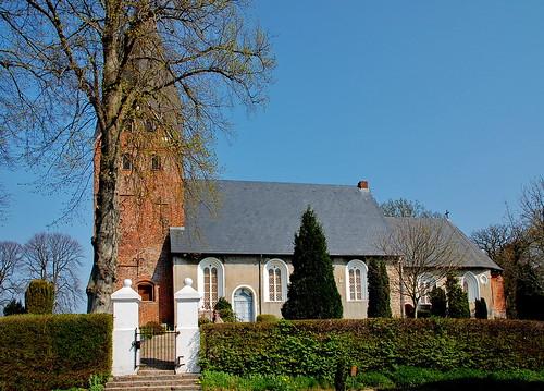 Kirche in Esgrus