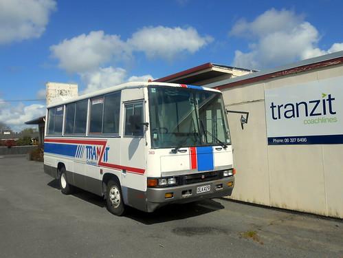 Tranzit 363, Isuzu Journey bus