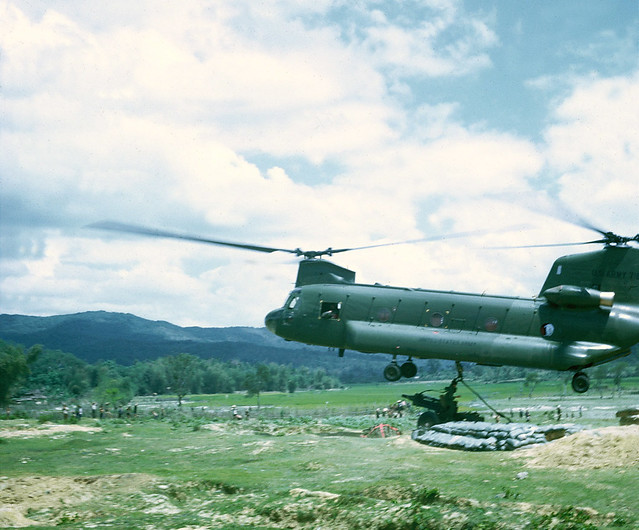 Chinook Placing Gun at Ha Thanh Special Forces Camp - Photo by Steve Eckloff 1967-68