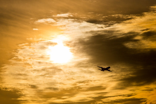sunset japan canon airport backlit boeing komatsu 767 airbase japanairlines 772 767300 2015 jasdf 763 29863 ishikawaprefecture 1dx 小松基地 小松飛行場 japanairselfdefenceforce 767346 ja8988 patrickcardinal copyright2015 第6航空団