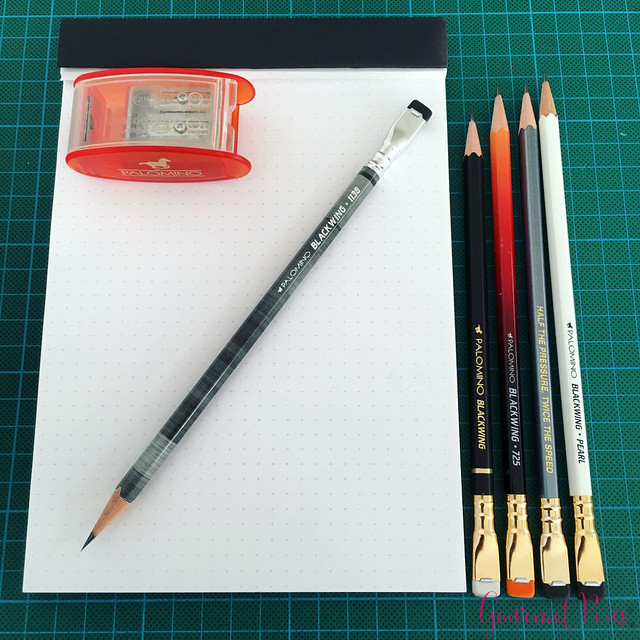 Review @Palomino Blackwing 1138 Limited Edition Pencil @BureauDirect (7)