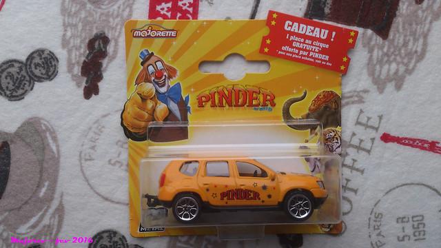 N°225A Dacia duster. 24818253504_50a04cb0db_z
