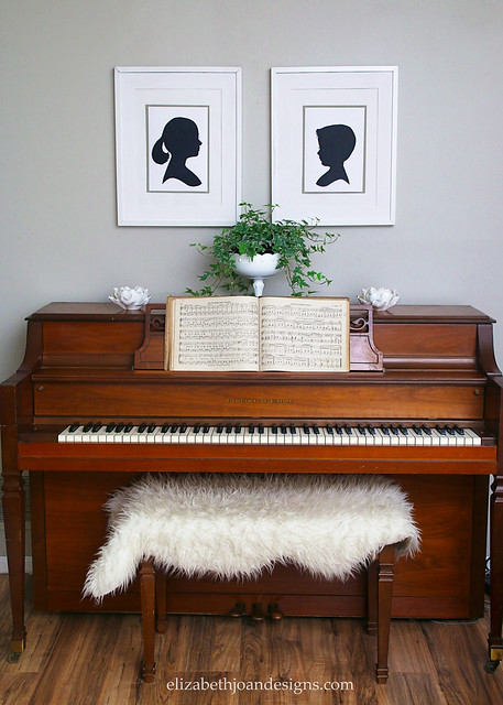 Piano Decor Silhouettes Ivy