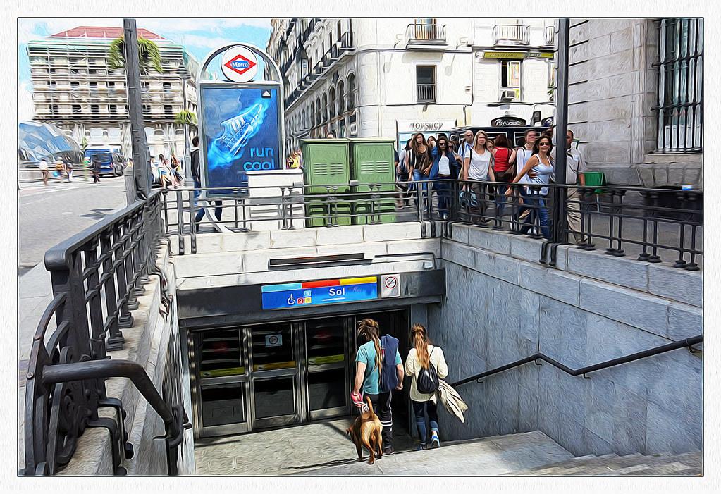 entrada al metro de Sol