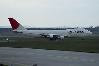 Japan Airlines - JAL Cargo Boeing 747-212B(SF) JA8193